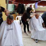 Instituto Cestec realiza corte de cabello en el Asilo y comedor de niños y niñas
