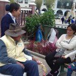 Adultos salen de recreación a la Plaza de Huaraz