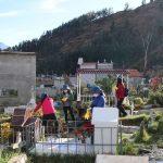 Colaboradores de la Beneficencia de Huaraz realizan limpieza en el Cementerio